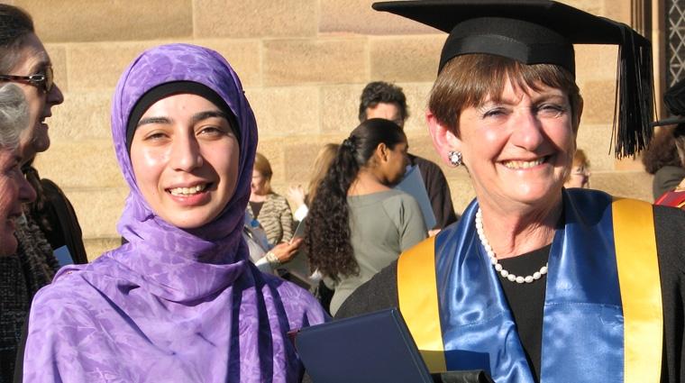 Dorothy Hoddinott with student